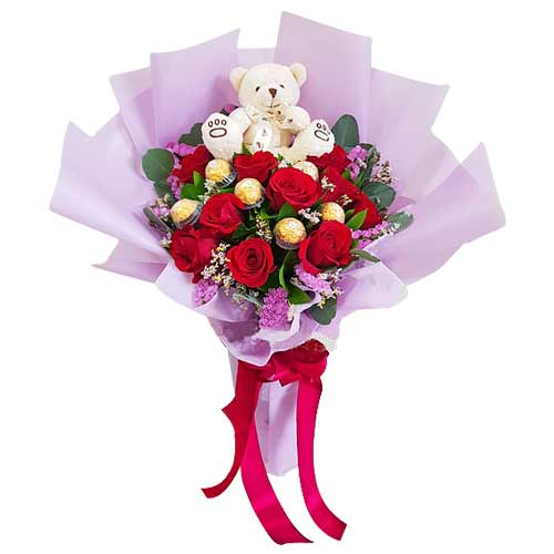 Breathtaking Bouquet of Fantasy Delight and Sweet Teddy