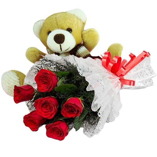 Gorgeous Bouquet of Heartiest Love with Teddy