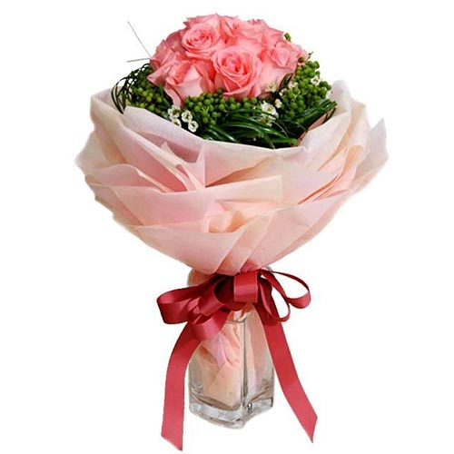 Beautiful Bouquet of Dainty Pink Roses and Baby Breath