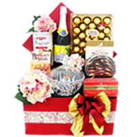 Breathtaking Hamper of Xmas Carol
